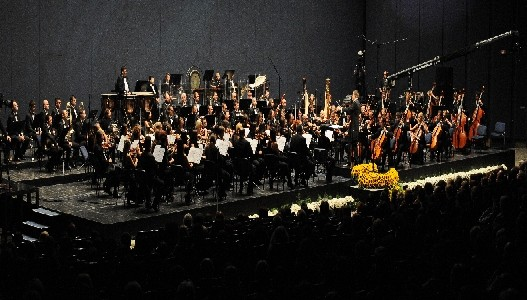 06. april: Simfonijski orkestar RTS