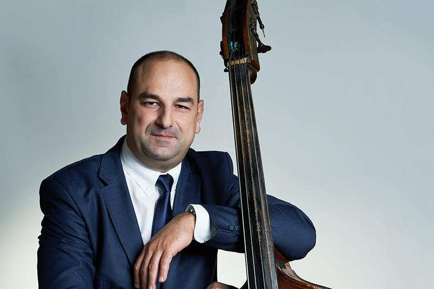 Milan Pavković, kontrabas