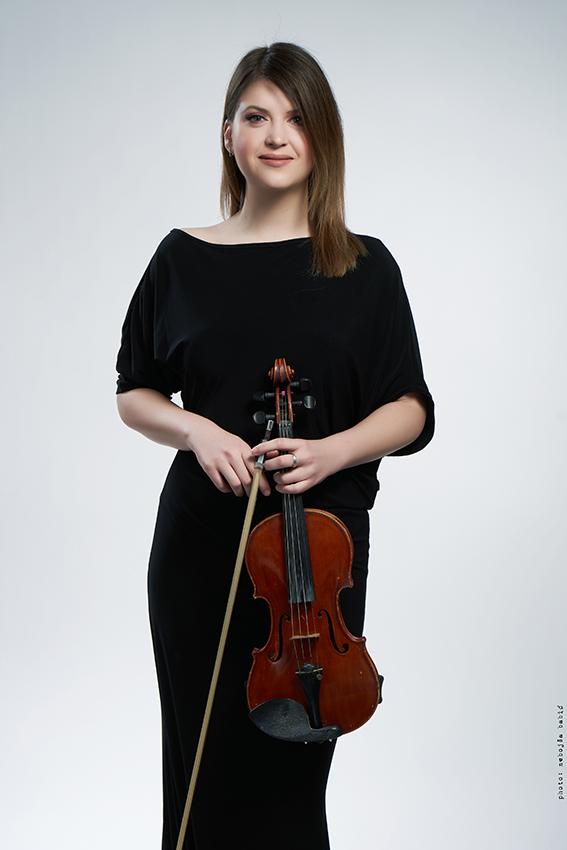 Ivana Zavisic